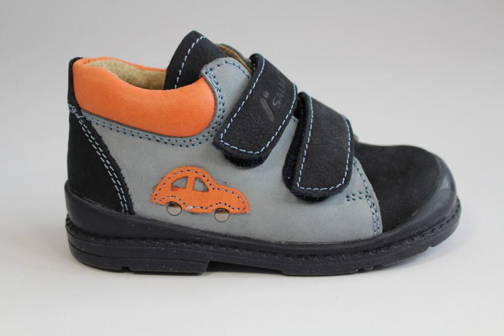 Supinált cipő egészséges lábra