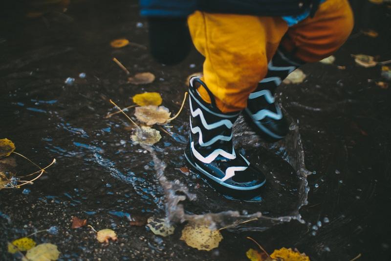 Mitől vízálló egy gyerekcipő?